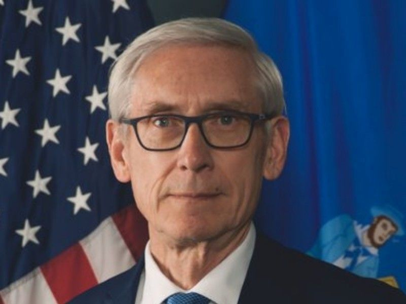 Evers Tells State Democrats He's Not Boring