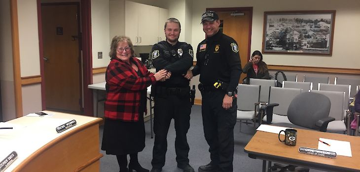 Shell Lake Officer Receives Letter of Commendation for Investigation into Cenex Burglary